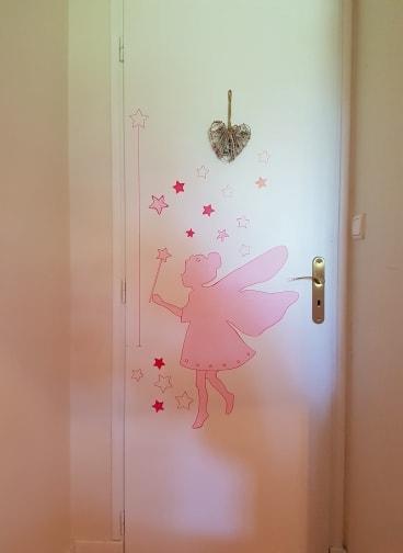 une fée - peinture acrylique -chambre d'enfant -