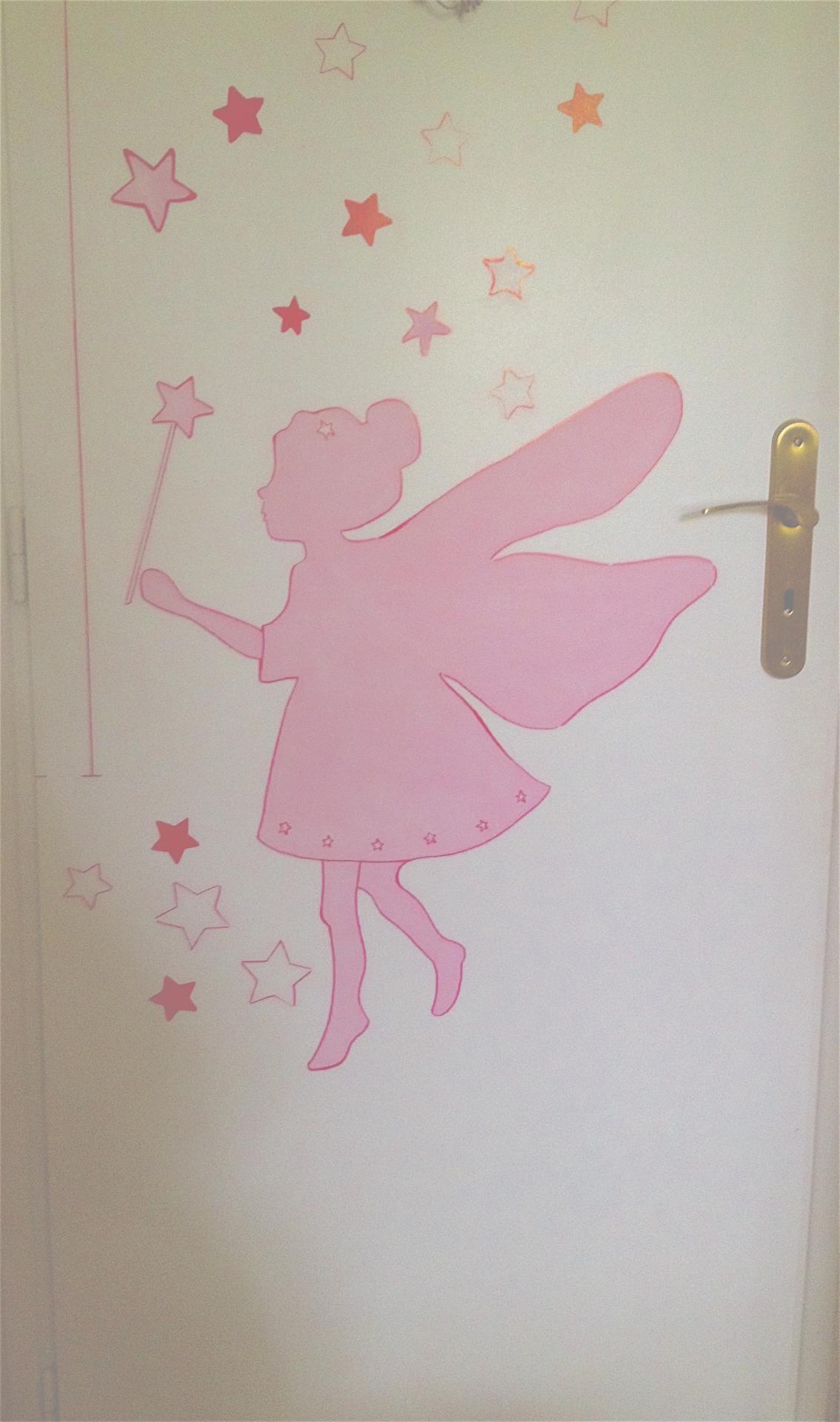 une fée - peinture acrylique - chambre d'enfants